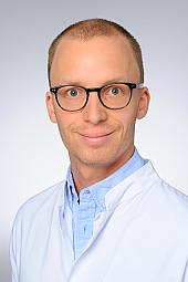 Dr. Lucas Kühne