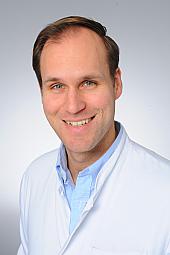 Dr. Alexander Damanakis