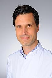 Dr. Thorsten Neubert