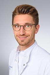Dr. Martin Svačina