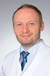 Dr. Lukas-Peter Frenzel