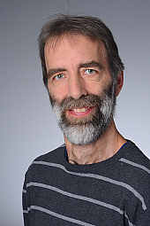 Dr. Ralf Tepest
