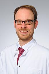 Dr. Tobias Neumann