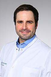 Dr. Nicolas Leister