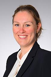 Dr. Johanna Teloh-Benger