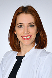 Dr. Daniela Neumayer
