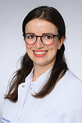 Dr. Claudia Baumann