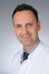 Univ.-Prof. Dr. Lars Müller