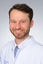 Dr. Berthold Grüttner