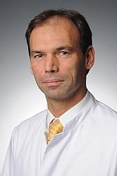 Dr. Axel Kröner