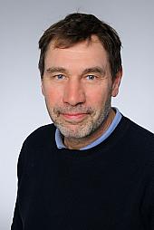 Dr. Georg Langebartels